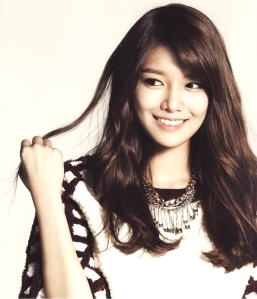 SNSD-Sooyoung-2014-Calender-girls-generation-snsd-37260057-1280-1492
